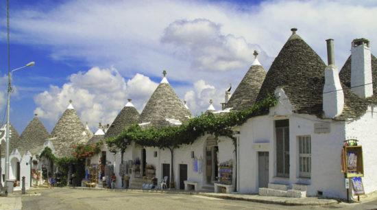Достопримечательности итальянского сказочного городка Альберобелло