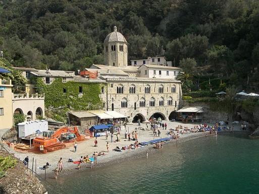 Достопримечательность Сан-Фруттуозо, Италия – подводная статуя Христа