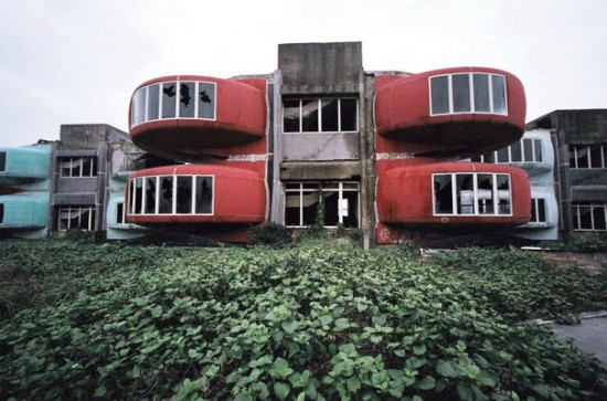 Заброшенный китайский курортный город с призраками