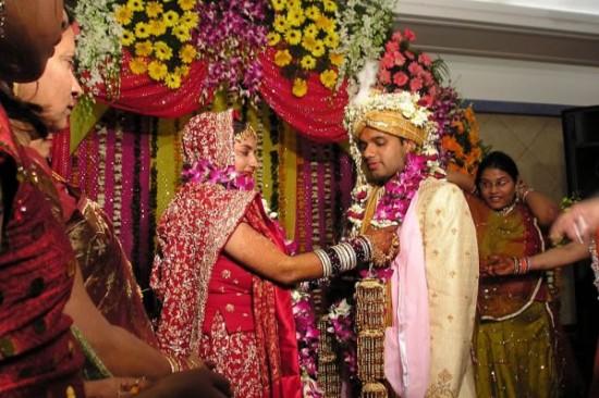 Как проводится индийская свадьба