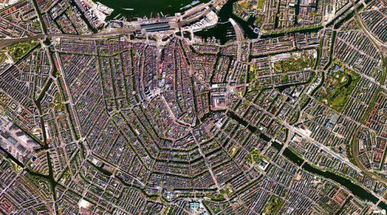 400-летние каналы Амстердама