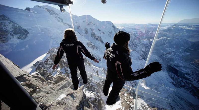 Step Into the Void или «Шаг в пустоту», французские Альпы