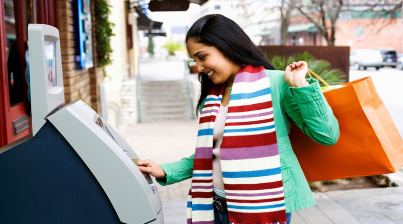 Как избежать проблем с кредитной картой во время путешествий за границу