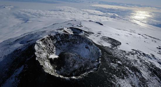 Интересные факты про Антарктиду. Самое холодное место на Земле – горный хребет в Антарктиде.