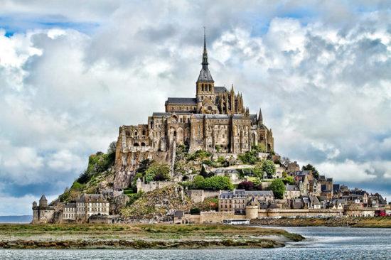 Нормандская знаменитая мировая рукотворная достопримечательность из списка ЮНЕСКО