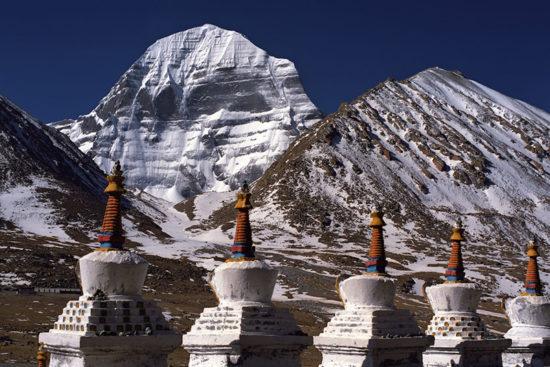 священная для четырех разных религий гора Кайлаш