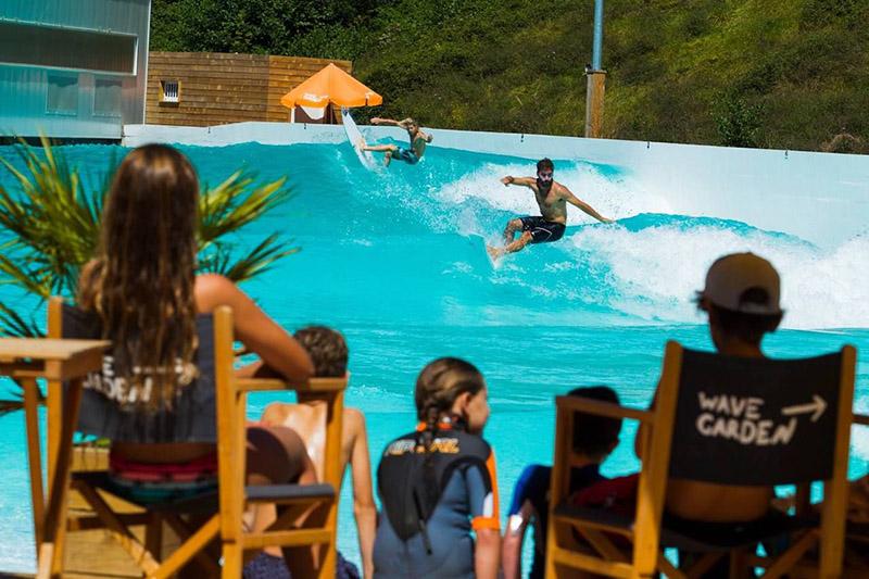Волновые бассейны для занятий серфингом