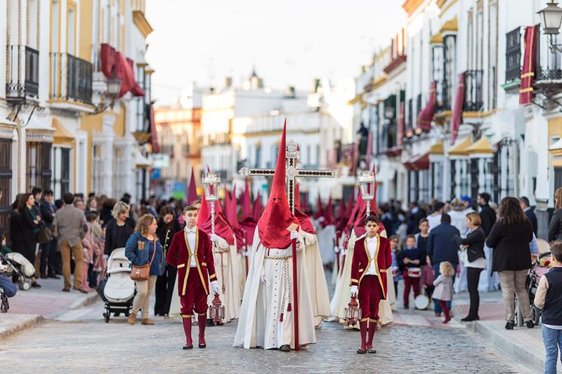 Страстная неделя в Испании отмечается по всей стране