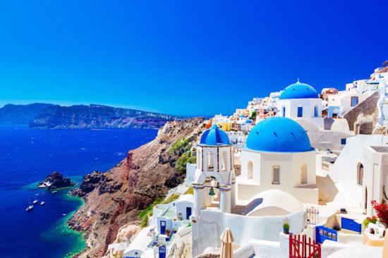 Поездка в историческую столицу Афины займет у вас около семи часов