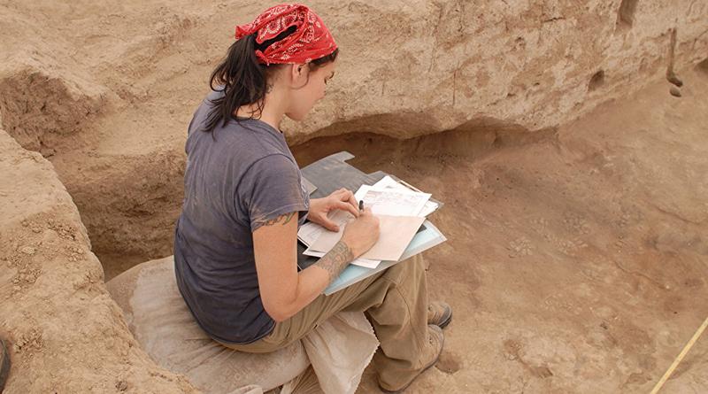 Если вы хотите раскопать древние храмы или скелеты вымерших существ, таких как динозавры и мамонты, на раскопках по всему миру требуются добровольцы.