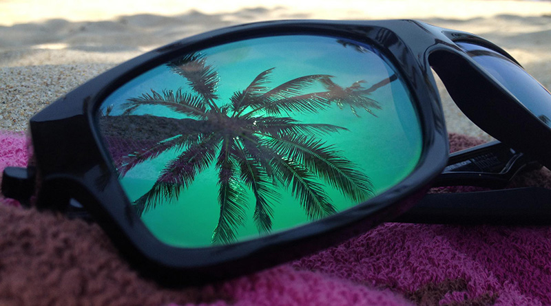 Ниже описаны пять стилей солнцезащитных очков, которые никогда не выйдут из моды. Поэтому выбирайте и покупайте те, которые больше всего вам подходят.