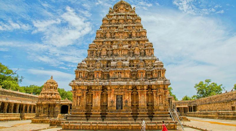В Индии более 1-го млн. храмов, принадлежащим различным религиям и посвященных разным Богам и Богиням. Узнайте о самых известных индийских храмах и их достопримечательностях