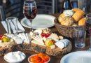 Французская кухня – это великолепное сочетание ее буколической квинтэссенции и городской смелости. Вы не можете не принять декаданс